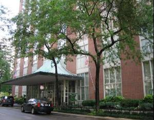 1325 state- large 2 bedrooms in chicago's gold coast
