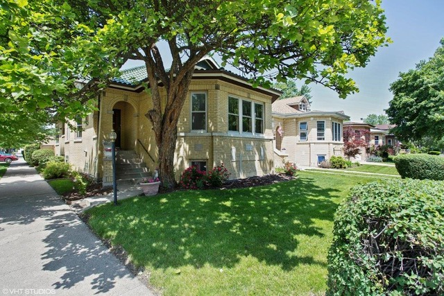 5100 N Kostner - chicago bungalow for sale