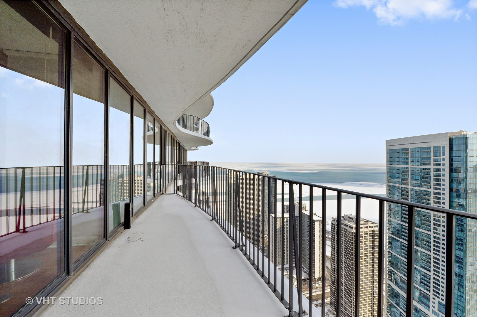 best condos for sale in chicago 225 Columbus